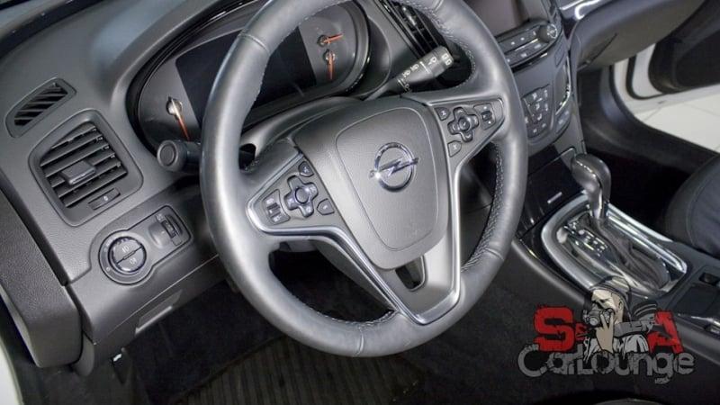 Химчистка салона Opel Insignia. устранения дорожных реагентов и выведение пятен