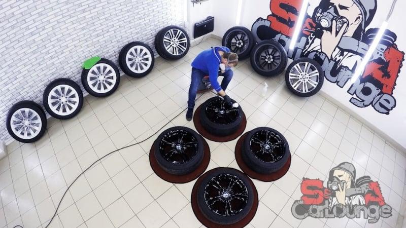 Обработка колесных дисков защитной керамикой при помощи миниджета. Подготовка зимнего комплекта колес к сезону. Использование состава СeramicPro Wheel
