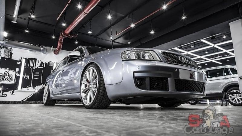 Кузовные работы с автомобилем Audi RS6 первого поколения. Глубокая чистка ЛКП, мойка и последующая полировка. Применение керамического препарата Cquartz UK от корейского производителя Car Pro.