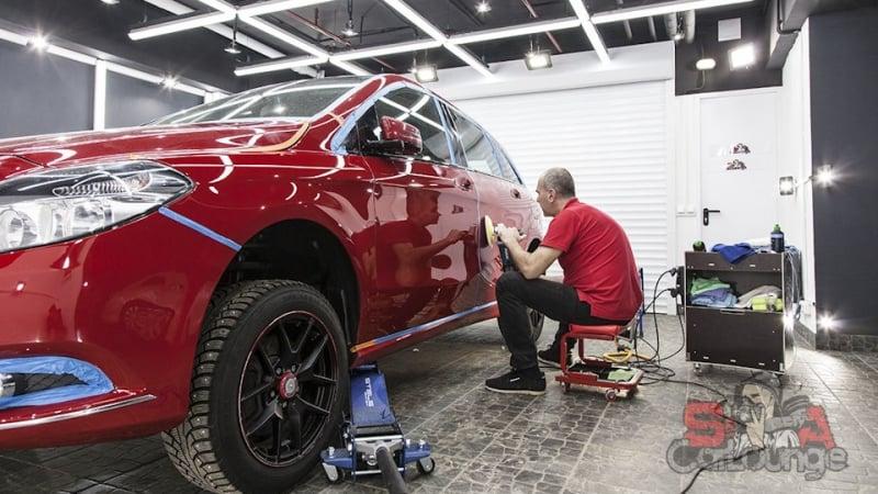 Полная чистка салона автомобиля Mercedes-Benz B-Class с последующей консервацией. Обработка и восстановление кузова, оклейка фар и чистка паром подкапотного пространства.