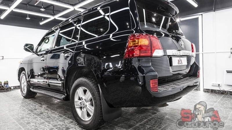 Работа с кузовом Toyota Land Cruiser 200. Удаление и зачистка псевдо пленки Сантека, обработка зон риска и нанесение качественного защитного материала с последующей полировкой