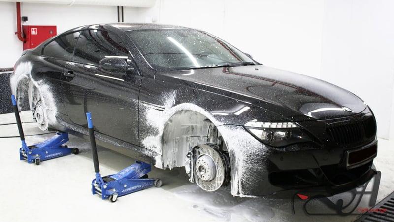 Очистка немецкой легенды с пристрастием. BMW M6 и её новый вид после химчистки.