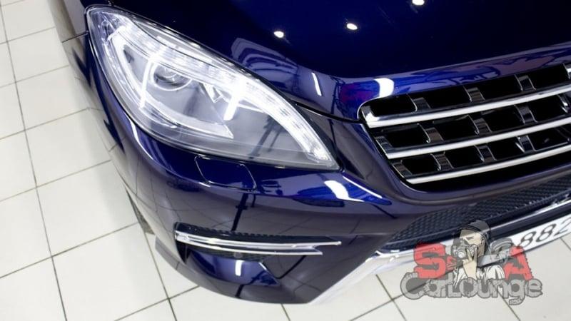 Детейлинг мойка автомобиля Mercedes-Benz M-klasse W166 2014 года. В дополнительный перечень услуг вошли чистка ЛКП и восстановительная полировка кузова